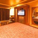 Suite 403