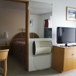 One Bedroom with Full kitchen