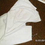 Las toallas eran viejas, deshilachadas y no olian a limpio