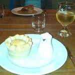 Steak & Ale pie - recommended!