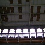 techo antiguo con arcadas