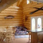 Caribou Crossing Living room & Kitchen