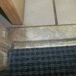 Floor leading into bathroom
