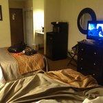 room 115, 2 queens