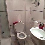 Questo e' il bagno dell'Hotel Playa a Can Pastilla!!!