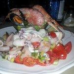 insalata di mare abbondante!