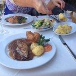 Delicious roast beef with al dente vegetables!