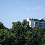 вид на отель Альтхоф