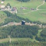 Das Hotel von der Blauspitze (2757m)
