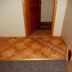 Floor/wall/door