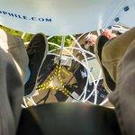 Les pieds dans le vide depuis l'Aérobar