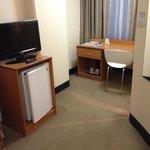 Desk/TV/Fridge
