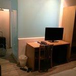 Room/Bathroom area