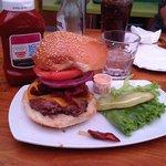 un bacon burger de chez barney's