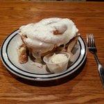 Best Cinnamon Roll in America!!!