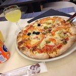 Top pizza et serveur cool ...