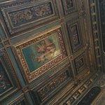Deluxe Del Doge room ceiling