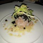 Tartare de daurade au 2 caviars  Délicieux