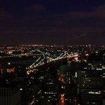 View at night of the Brooklyn Bridge