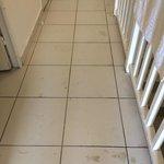 État du sol, preuve de la vétusté et du mauvais nettoyage des appartements