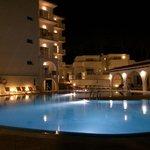 Hotel por la noche