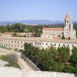 Le monastère vu du monastère fortifié