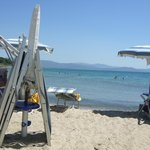 Strand um die Mittagszeit