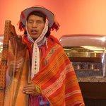 Harpiste lors d'un souper au restaurant de l'hôtel