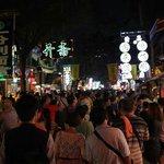 Huifang Style Street, pusat kuliner dan keramaian hanya 5 menit jalan kaki