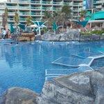 Shallow pool area