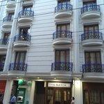 Black Tulip Hotel