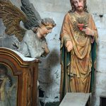 Jesus talking to a kneeling angel