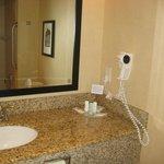 Comfort Suites East Foto