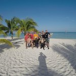 photo of our group on the Allegro's beach prepping for our last dive