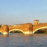 Castelvecchio bridge & river around the corner from Sanznetto