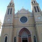 Parte frontal da igreja