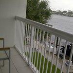 Balcón con vista al canal