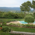 Pool with view of the Lubéron Massif