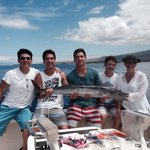 Lee family with 26 lb Ono