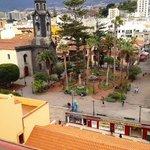 """Blick von der Dachterrasse auf die Hauptkirche """"Nuestra Señora de la Peña de Francia"""""""