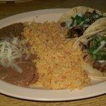 صورة فوتوغرافية لـ Tacos Salsas Y Carnitas