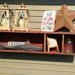 Photo de The Whimsical Pig Bed and Breakfast at Wolf Creek