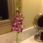 Fresh flowers in the bathroom of Room 345