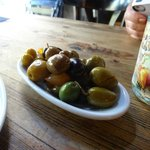 Delicious olives (house mix)