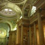 Interior del Panteón.