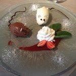 Dessert au deux chocolats
