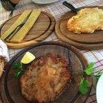 Polenta di Storo con formaggio alla piastra e cappella di fungo fritto