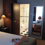 Room 105 & ensuite