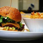 Melting Potes -Burger -