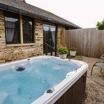 St Jean hot tub
